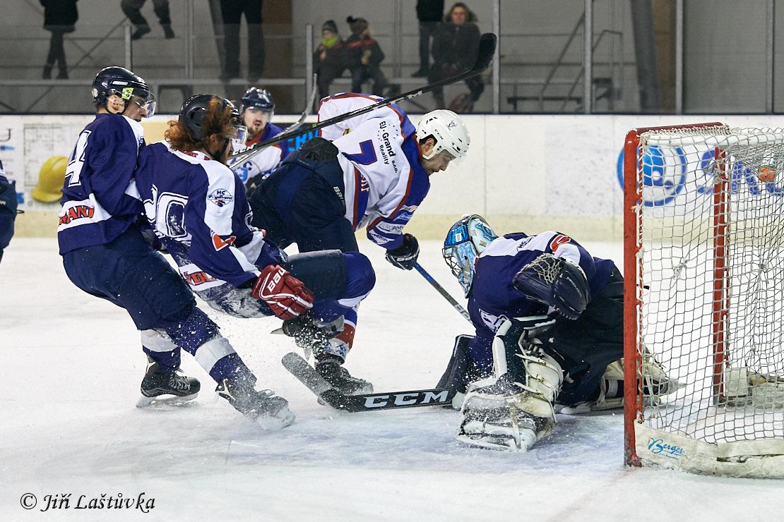 HC TS Varnsdorf - HC Frýdlant  5:6 (3:2,2:1,0:3) - ZS Varnsdorf - 1.2.2019